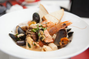 Lola's Seafood Eatery