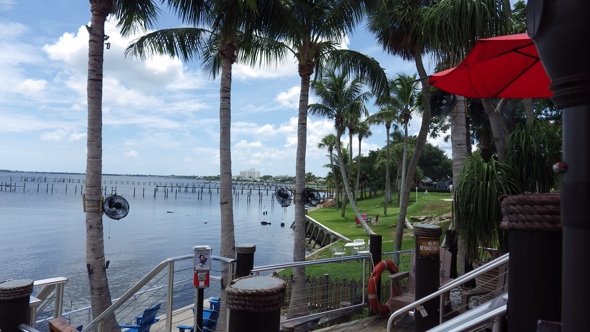 Dine By The Sea At These Martin County