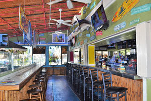 Mulligans Beach House Bar & Grill Jensen Beach